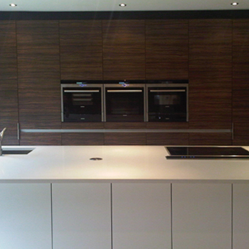 brand new kitchen complete with three ovens